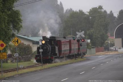190101 090215 West Coast Wilderness Railway